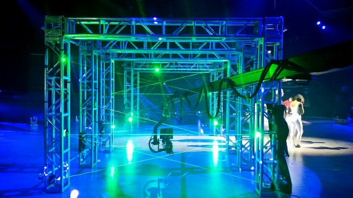 Interactive Maze of Laser Beams Creates Impossible Challenges For TV Contestants